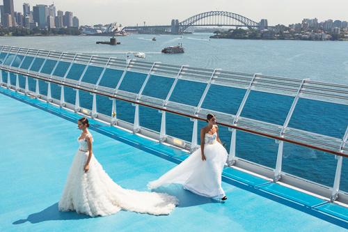 Jessica Minh Anh khoe thời trang tóc kỳ dị ở Australia - 5