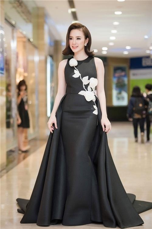 """Angela Phương Trinh: """"Tôi không đua đòi hàng hiệu"""" - 4"""