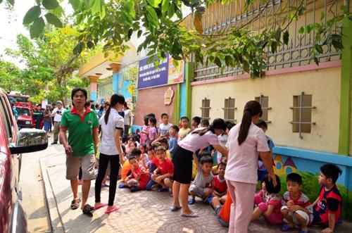 Hoảng loạn di tản 500 học sinh mầm non vì báo cháy giả - 4