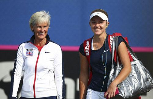 Tin thể thao HOT 15/3: Mẹ Murray chia tay ĐT Fed Cup - 1