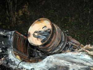 Tin tức Việt Nam - Xe bồn tông xe khách bốc cháy: Ùn tắc gần 20km