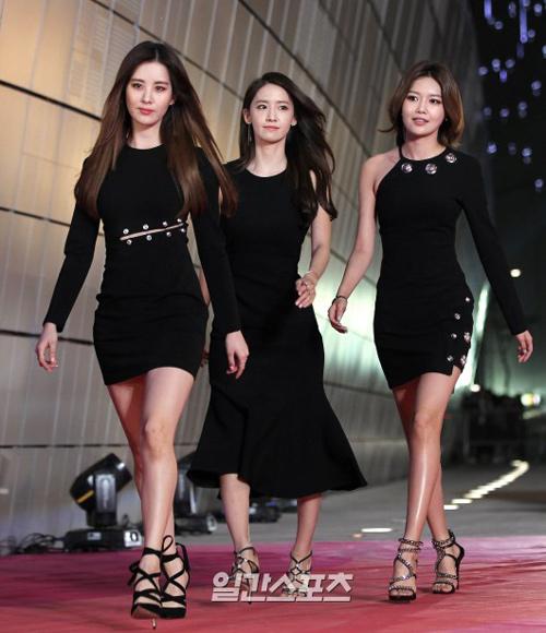 """""""Hoa hậu đẹp nhất Hàn Quốc"""" bỗng gợi cảm... hết cỡ - 7"""