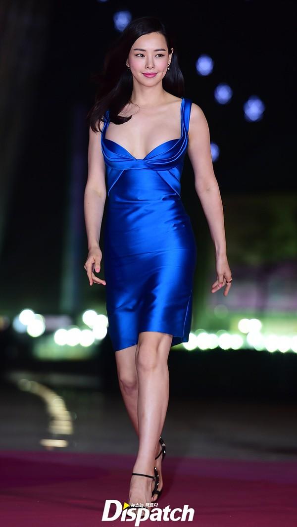 """""""Hoa hậu đẹp nhất Hàn Quốc"""" bỗng gợi cảm... hết cỡ - 2"""