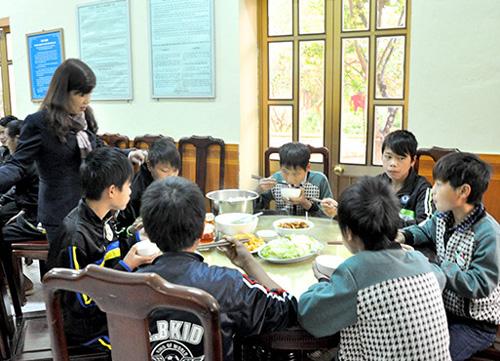 9 trẻ em bị lừa sang Trung Quốc làm thuê - 1