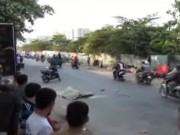 Video An ninh - Tai nạn hi hữu: Người đàn ông chết thảm khi đang đi bộ