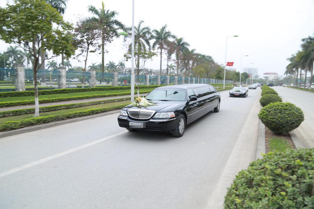 Bóc giá dàn siêu xe trăm tỷ đưa Trà My về nhà chồng - 8