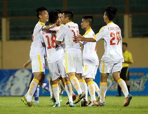 """Tuyển thủ U23 Việt Nam """"bất lực"""" ở giải U19 Quốc gia - 3"""