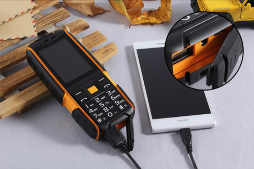 Điện thoại siêu bền, pin khủng cháy hàng ngày cuối khuyến mại - 1
