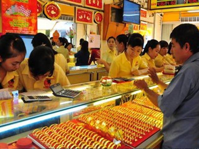 Giá vàng hôm nay (18/3): Giá vàng thế giới được đà tăng mạnh - 1