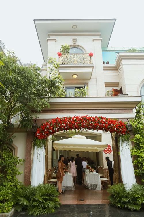 Nam Cường rước dâu ở Hà Nội bằng siêu xe 20 tỷ - 5