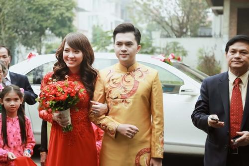 Nam Cường rước dâu ở Hà Nội bằng siêu xe 20 tỷ - 10