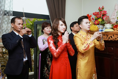 Nam Cường rước dâu ở Hà Nội bằng siêu xe 20 tỷ - 12