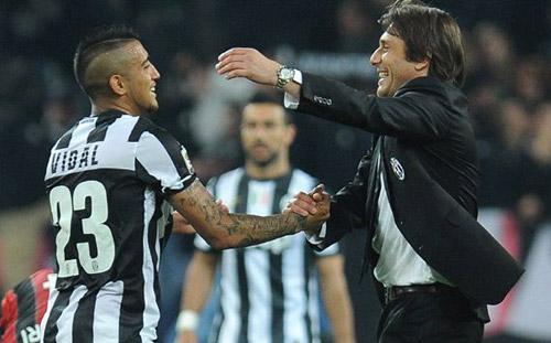 "Chelsea-Conte: Nhắm Vidal, ""trảm"" tay phải Abramovich - 1"
