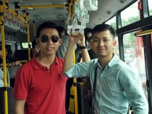 """Tin tức trong ngày - Đi xe buýt """"5 sao"""" giá 12.000 đồng ở Sài Gòn"""