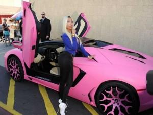 Dàn sao nữ Hollywood đi siêu xe gì?