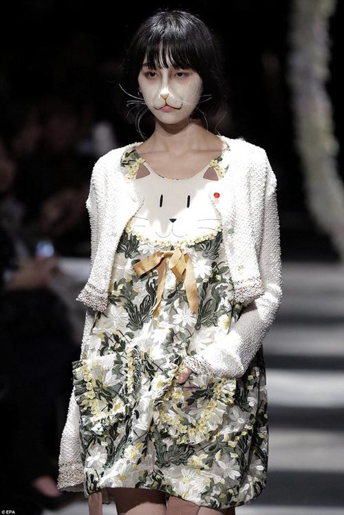 Hết hồn với thời trang kinh dị trên sàn diễn Tokyo - 6