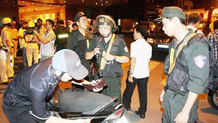 Sài Gòn bất an vì cướp giật - 1