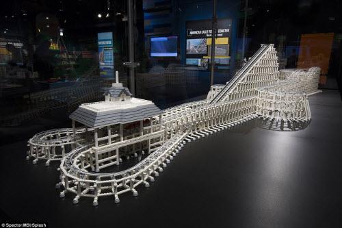 Những kỳ quan nổi tiếng nhất thế giới làm từ Lego - 6
