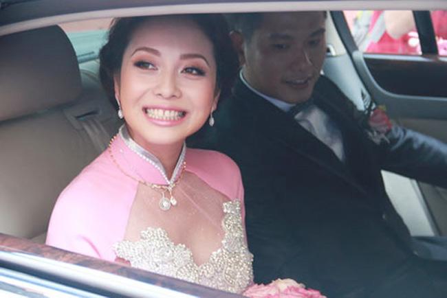 3 hôn lễ bạc tỷ gây xôn xao dư luận của mỹ nữ Việt - 8