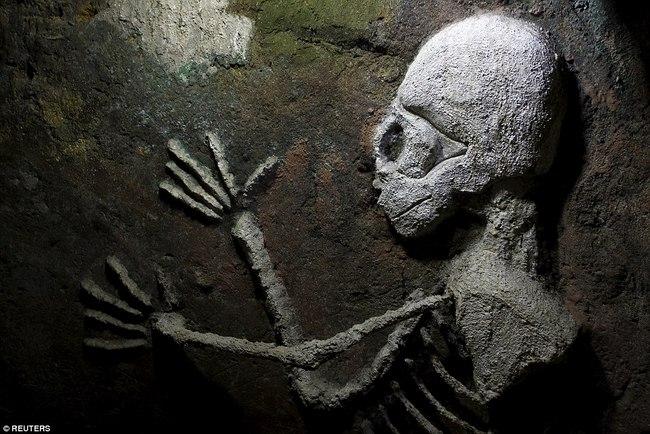 Hì hụi 12 năm đào hầm rộng 185m2 làm nhà ở Costa Rica - 8