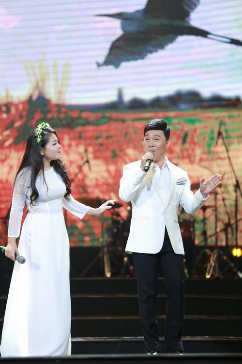 Vợ chồng Trọng Tấn tình cảm đến chúc mừng Anh Thơ - 6