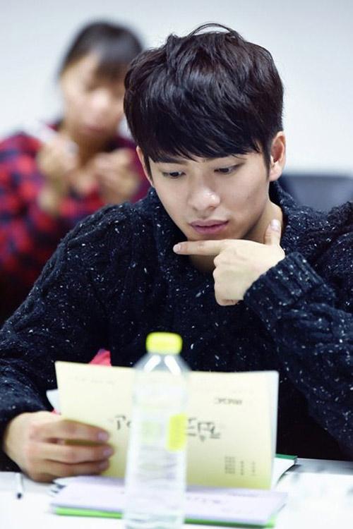 """Kang Tae Oh giờ ra sao sau phim """"Tuổi thanh xuân""""? - 3"""