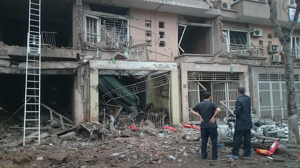 Hiện trường tan hoang sau vụ nổ khủng khiếp ở Văn Phú-Hà Đông - 8