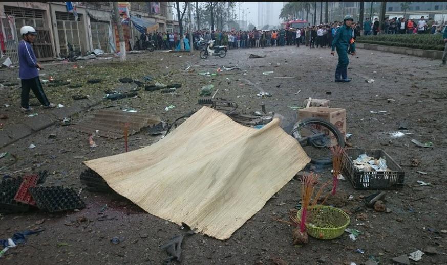 Hiện trường tan hoang sau vụ nổ khủng khiếp ở Văn Phú-Hà Đông - 5