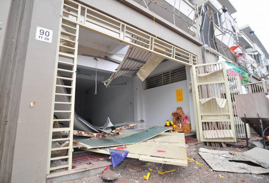 Hiện trường tan hoang sau vụ nổ khủng khiếp ở Văn Phú-Hà Đông - 16