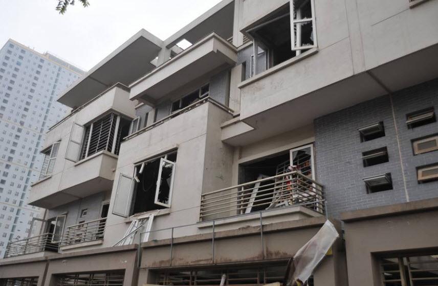 Hiện trường tan hoang sau vụ nổ khủng khiếp ở Văn Phú-Hà Đông - 17