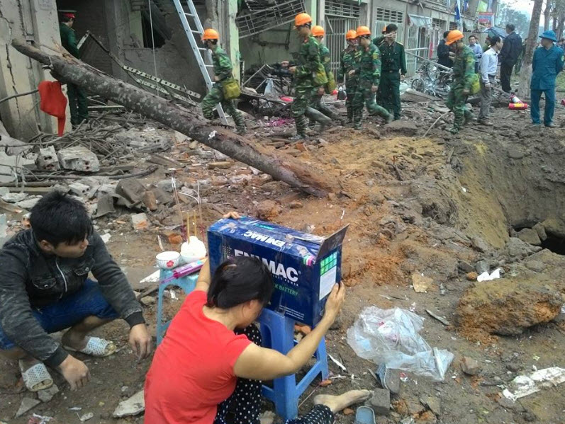 Hiện trường tan hoang sau vụ nổ khủng khiếp ở Văn Phú-Hà Đông - 1