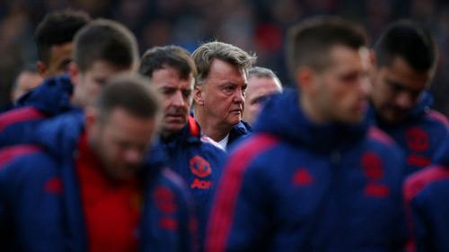 Derby Manchester: Fan MU có nên cổ vũ cho... Man City - 2