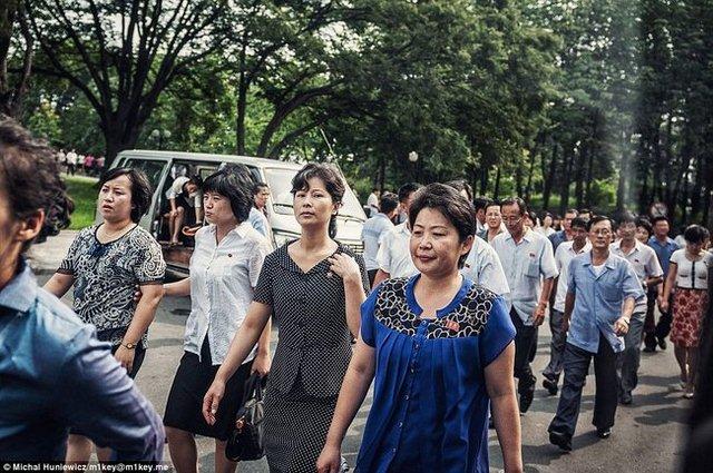 """Trừng phạt chỉ khiến người nghèo Triều Tiên """"lãnh đủ"""" - 2"""