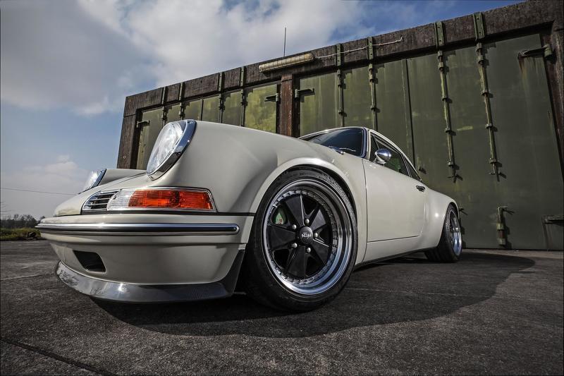 Phiên bản độ Porsche 911 1972 của KAEGE cực phá cách - 1