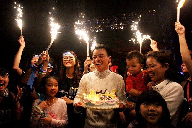 Hà Nội, Sài Gòn tắt đèn hưởng ứng Giờ trái đất 2016 - 5