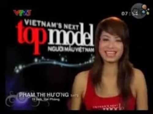 Nhan sắc mộc mạc thuở chưa nổi tiếng của dàn Hoa hậu Việt - 1