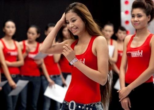 Nhan sắc mộc mạc thuở chưa nổi tiếng của dàn Hoa hậu Việt - 2