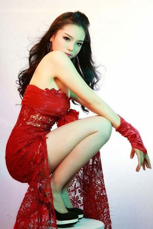 Nhan sắc mộc mạc thuở chưa nổi tiếng của dàn Hoa hậu Việt - 7