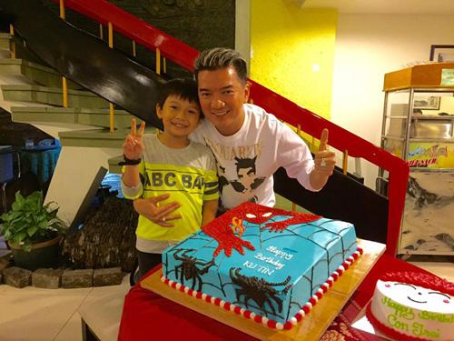 Facebook sao 20.3: Hoàng Thùy Linh khoe ảnh hẹn hò - 9