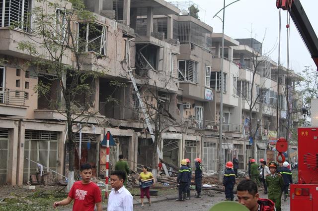 Xót xa hoàn cảnh 2 mẹ con tử vong khi đi qua vụ nổ Văn Phú - 1