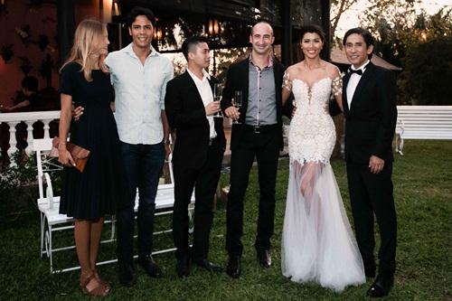 Cận cảnh đám cưới xa hoa của Trang Lạ và chồng Việt kiều - 7