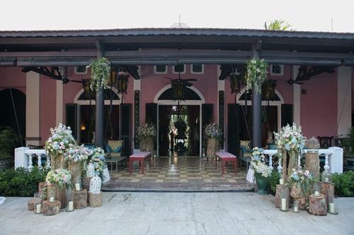 Cận cảnh đám cưới xa hoa của Trang Lạ và chồng Việt kiều - 4