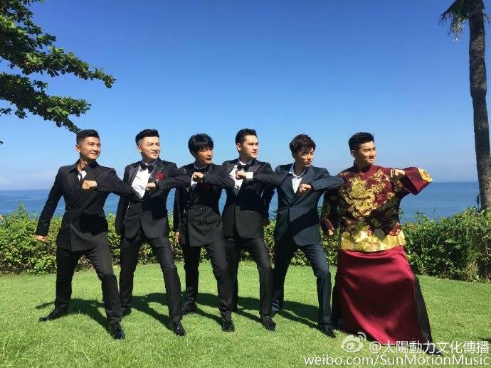 Những hình ảnh đầu tiên tại lễ cưới Lưu Thi Thi - 6
