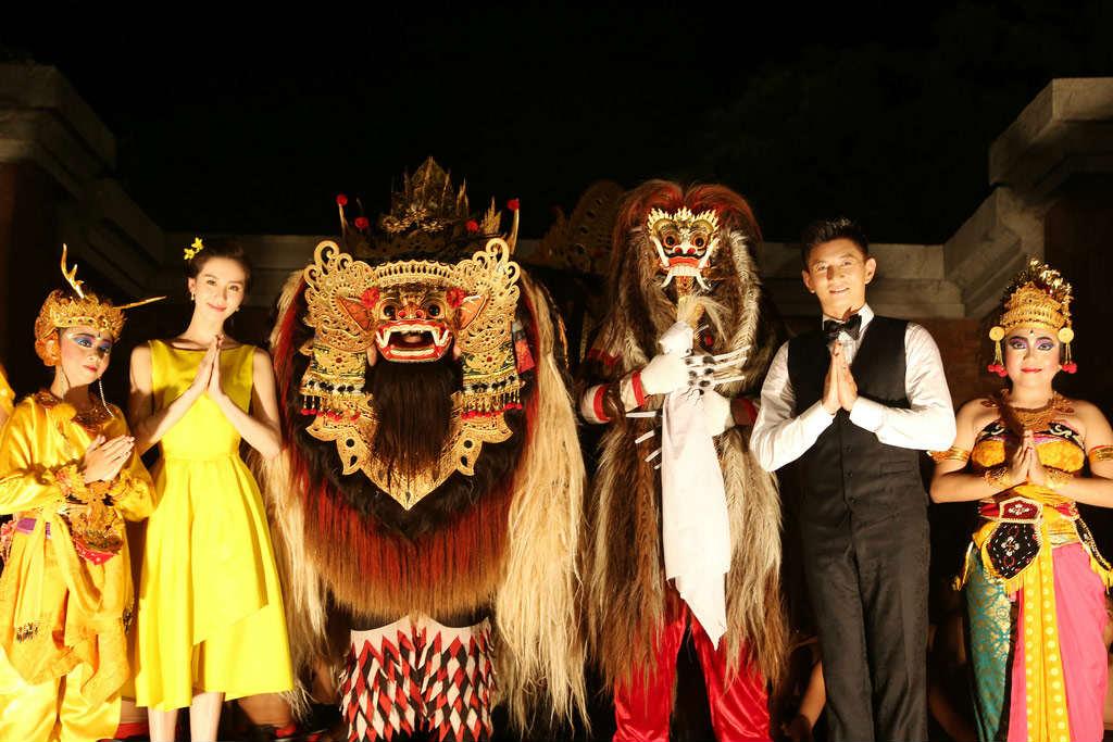 Những hình ảnh đầu tiên tại lễ cưới Lưu Thi Thi - 3