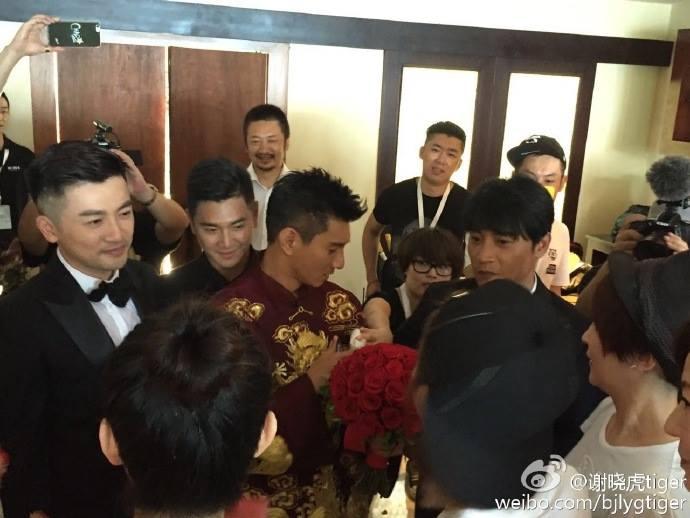 Những hình ảnh đầu tiên tại lễ cưới Lưu Thi Thi - 10