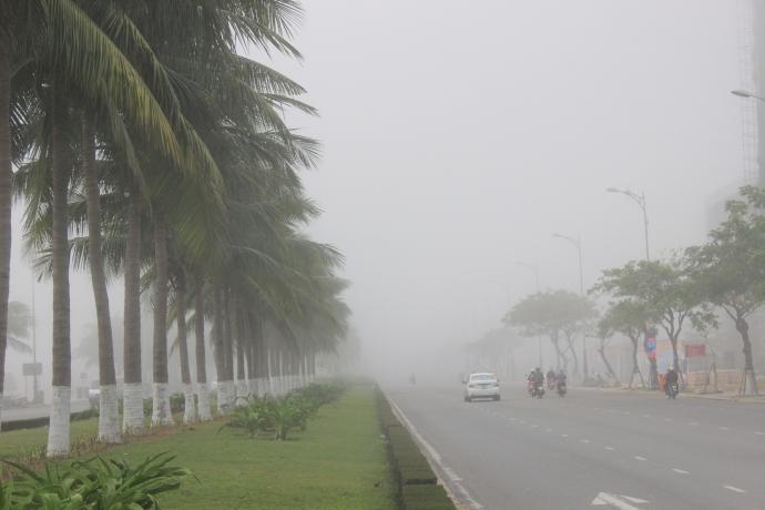 Đà Nẵng bỗng dưng chìm trong sương mù - 10