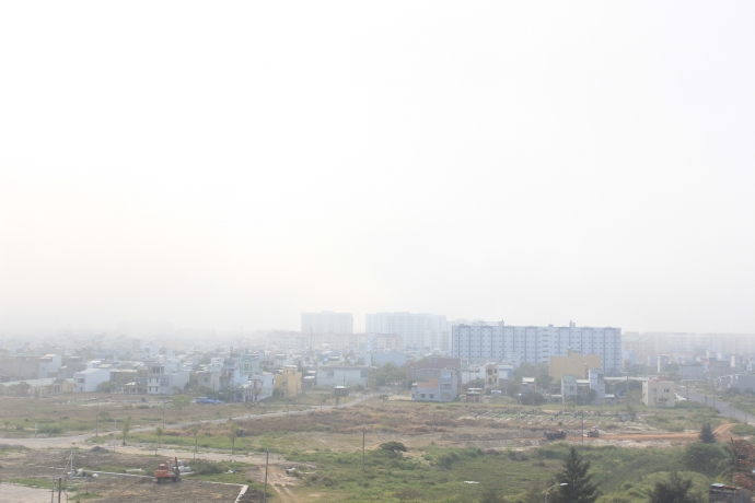 Đà Nẵng bỗng dưng chìm trong sương mù - 2