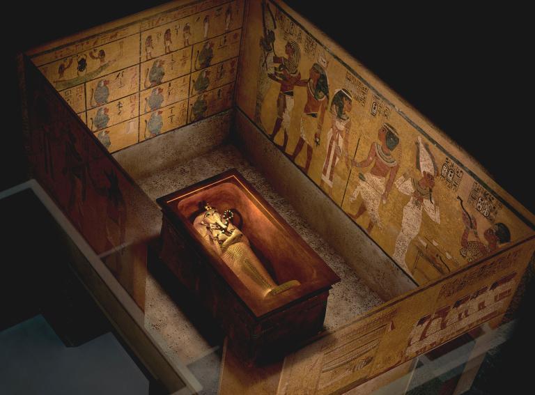 Căn phòng bí ẩn trong hầm mộ Hoàng đế Ai Cập - 1