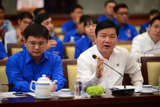 Ông Đinh La Thăng đề nghị kiểm điểm giám đốc một số sở - 1