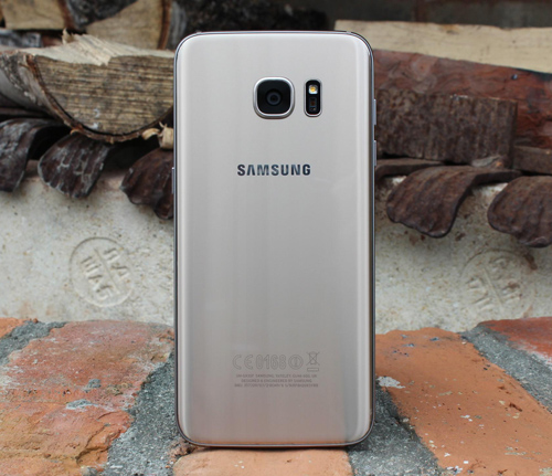 Đánh giá chi tiết Samsung Galaxy S7 Edge - 6